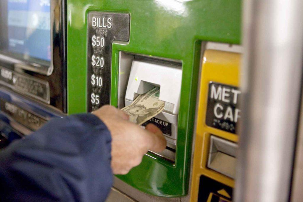 Money - buying metrocard
